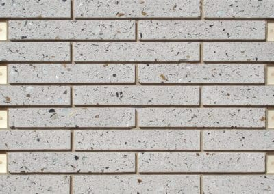 2xUK P LC White (Large)